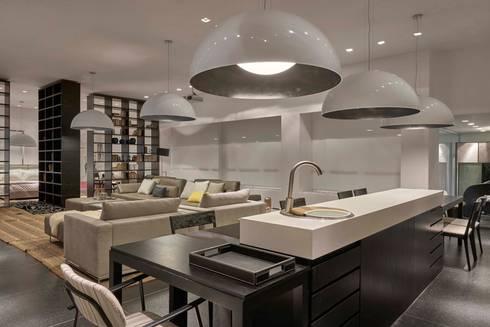 Decora Líder Belo Horizonte – Loft: Salas de estar modernas por Lider Interiores