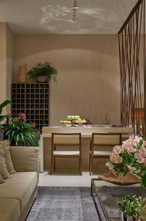 Decora Líder Belo Horizonte – Loft: Salas de jantar modernas por Lider Interiores