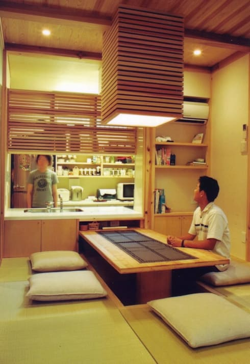 Comedores de estilo moderno por 株式会社 atelier waon