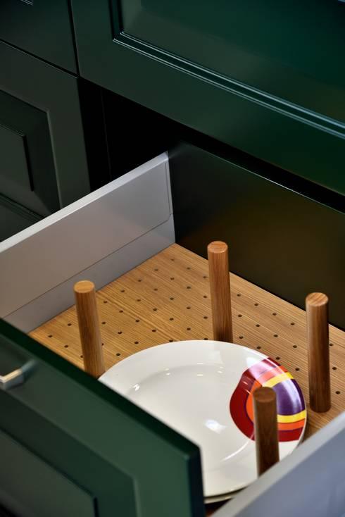 Bodrum Femaş Mobilya – Olea: kırsal tarz tarz Mutfak