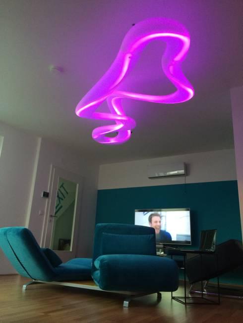 Moderne wohnzimmer einrichtung in wien von wohndesign for Wohndesign maierhofer