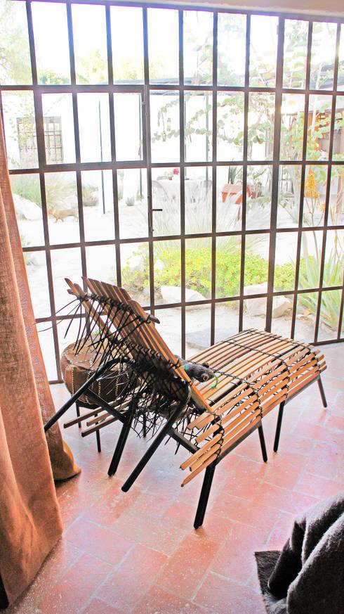 Casa Clemente: Salas de estilo moderno por Juan Carlos Loyo Arquitectura