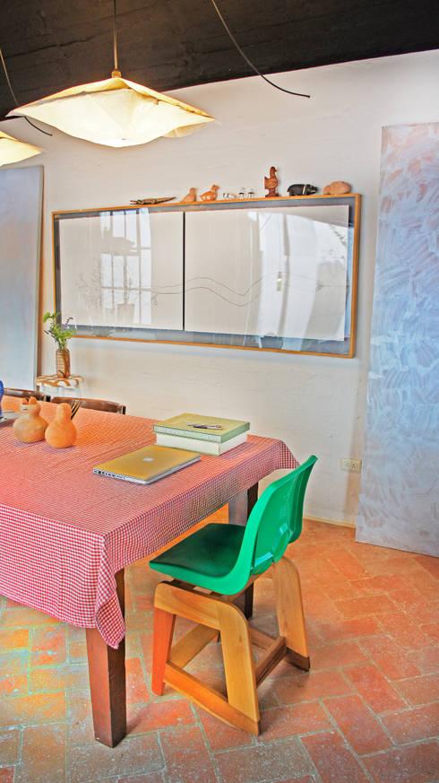 Casa Clemente: Comedores de estilo  por Juan Carlos Loyo Arquitectura