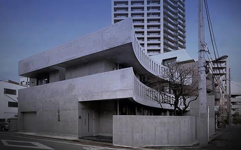足立区K.S.邸新築工事「かきの木のあるいえ」: 柳田繁穂一級建築士事務所が手掛けた家です。