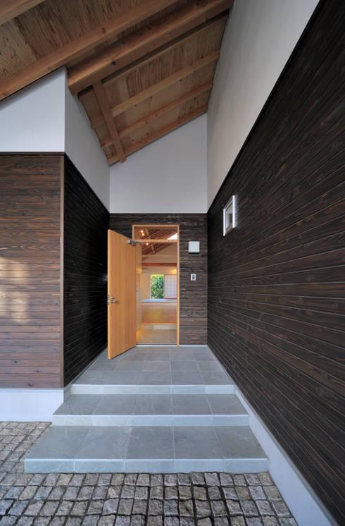 Projekty,  Okna i drzwi zaprojektowane przez FuruichiKumiko ArchitectureDesignOffice