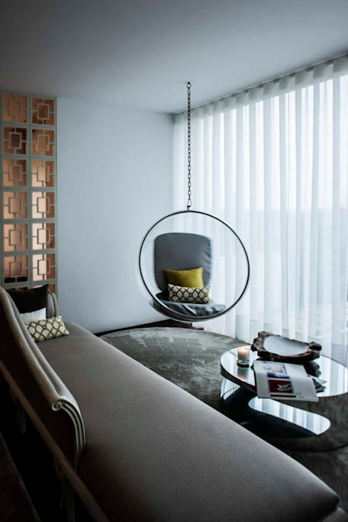 Moradia na Aguda | 2013: Salas de estar modernas por Susana Camelo