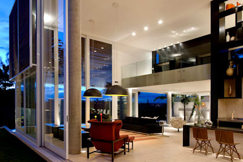 Casa Capital: Sala de estar  por neylima