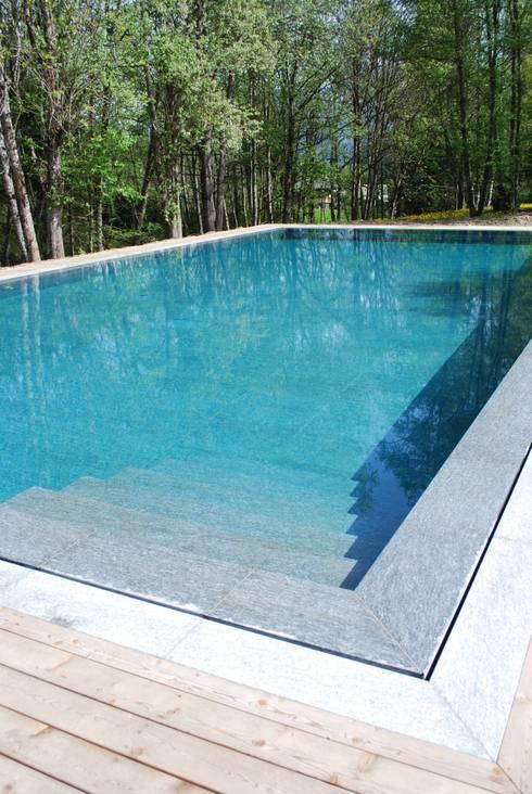 Naturstein pool von luserna stone homify - Naturstein pool ...