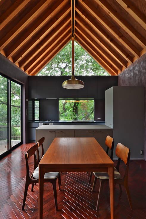 Dining room by Nobuyoshi Hayashi