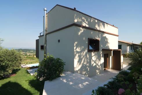 Casa sul lago di garda brescia di diego fabris for Pluripremiati piani di casa sul lago