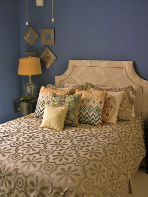 James Grey Interiors: Recámaras de estilo moderno por James Grey interiors