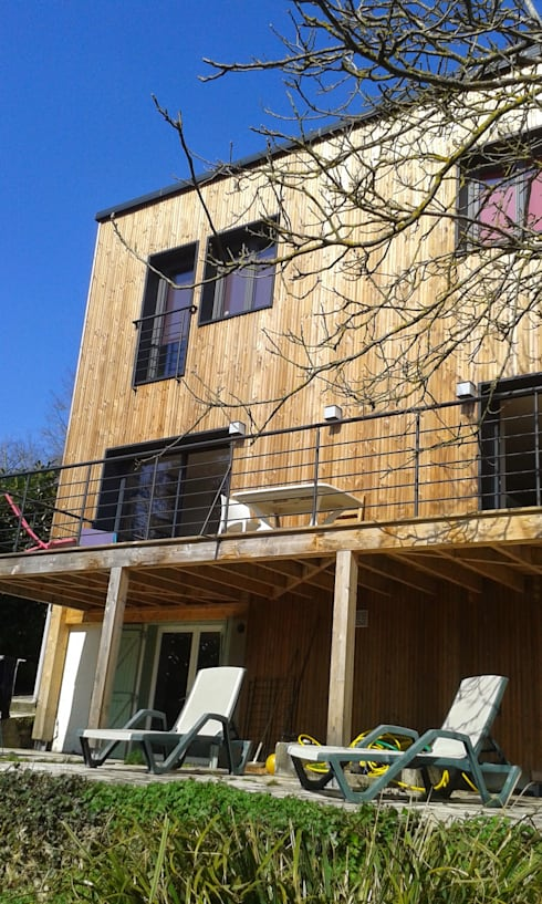 Sur-élévation à Ossature Bois: Maisons de style de style Moderne par AADD+