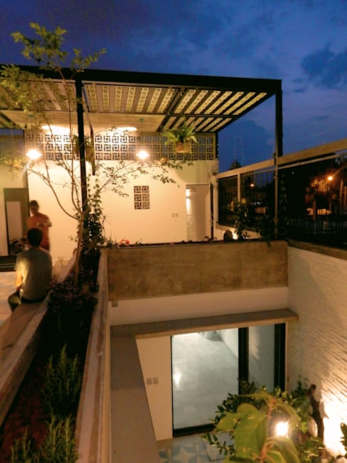 Casa PV: Terrazas de estilo  por Boquer 3