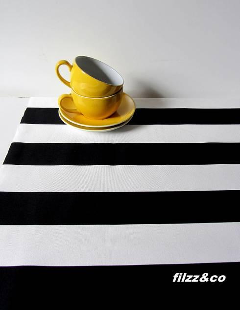 tischl ufer tischdecke decke schwarz wei gestreift 50x140cm por filzz co homify. Black Bedroom Furniture Sets. Home Design Ideas