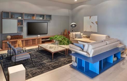 Decora Lider Rio de Janeiro – Espaço Identidade: Salas de estar modernas por Lider Interiores