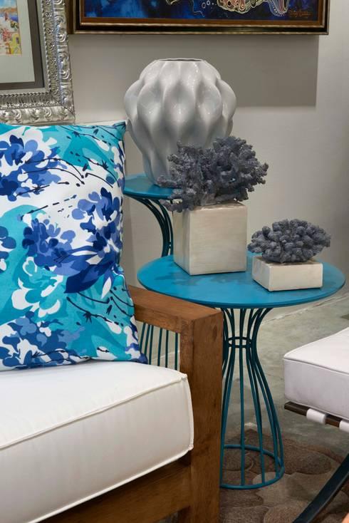 Decora Lider Salvador – Varanda gourmet : Salas de estar modernas por Lider Interiores