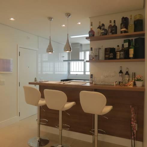 Bancada Bar: Salas de estar modernas por Danielle David Arquitetura