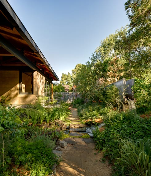 Isla Pino - Encino: Jardines de estilo  por TAAR / TALLER DE ARQUITECTURA DE ALTO RENDIMIENTO