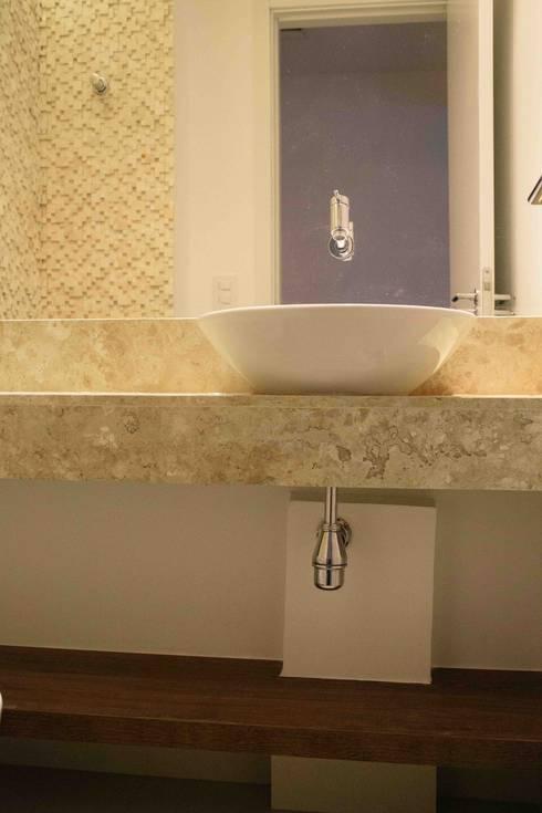 Lavabo: Banheiros modernos por Danielle David Arquitetura