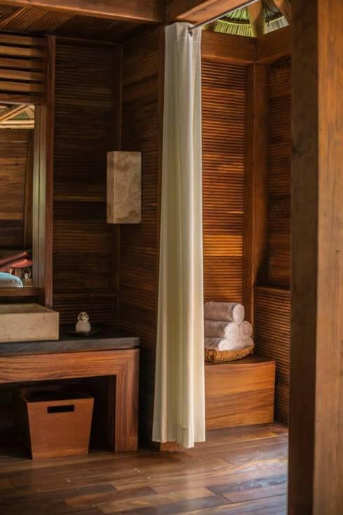 SPA Matlali: Baños de estilo  por BR  ARQUITECTOS