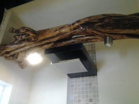 detalle para iluminacion: Baños de estilo  por bello diseño interior