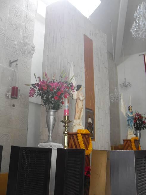 sagrario: Museos de estilo  por bello diseño interior