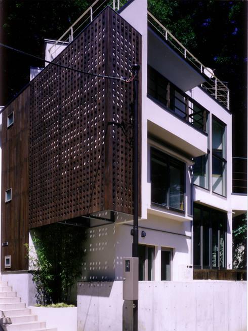 Casas de estilo  por 豊田空間デザイン室 一級建築士事務所