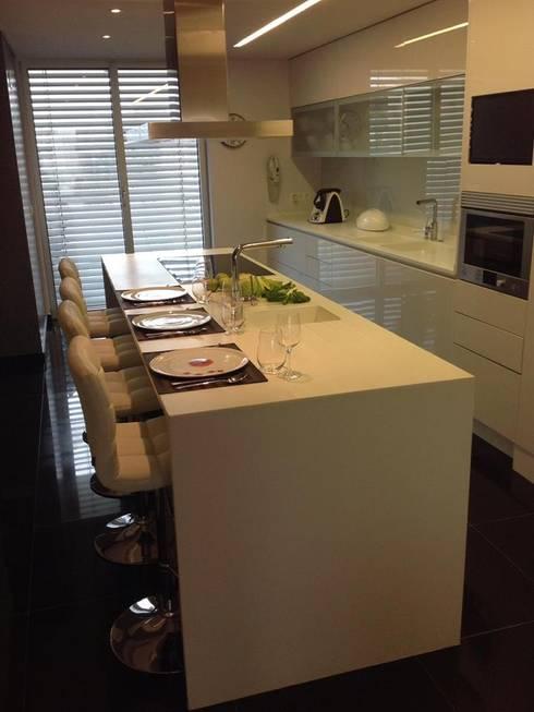Cocinas de estilo  por 3L, Arquitectura e Remodelação de Interiores, Lda