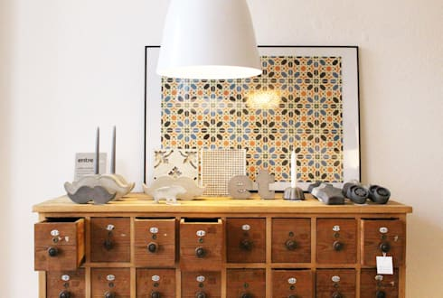 PRIMAVERA VERÃO: Casa  por Entre Led e Design