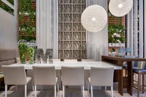 Decora Lider Vitória – Sala de Jantar e Lounge: Salas de jantar modernas por Lider Interiores