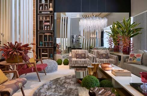 Decora Lider Vitória – Sala de Estar de Uma Mulher Cosmopolita: Salas de estar modernas por Lider Interiores