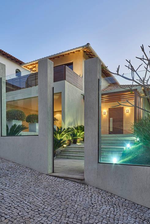 Casas de estilo  por Isabela Canaan Arquitetos e Associados