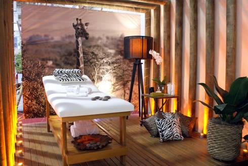 Sala de Massagem: Spas ecléticos por Daniela Zuffo Arquitetura e Interiores