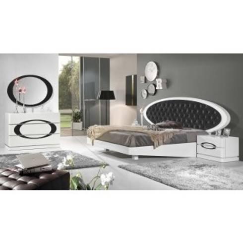 quarto  de casal: Quarto  por relax mobiliário e decoração