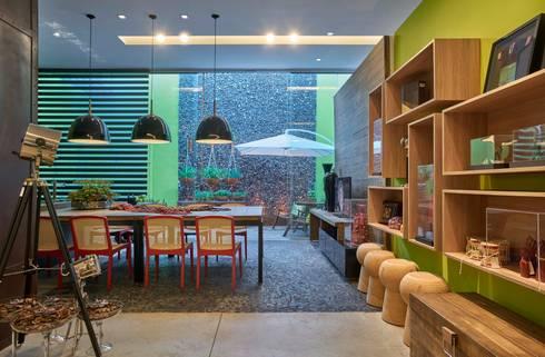 Mostra de Ambientes de Sete Lagoas - Cozinha Gourmet e Área Livre de Lazer: Salas de jantar modernas por Lider Interiores