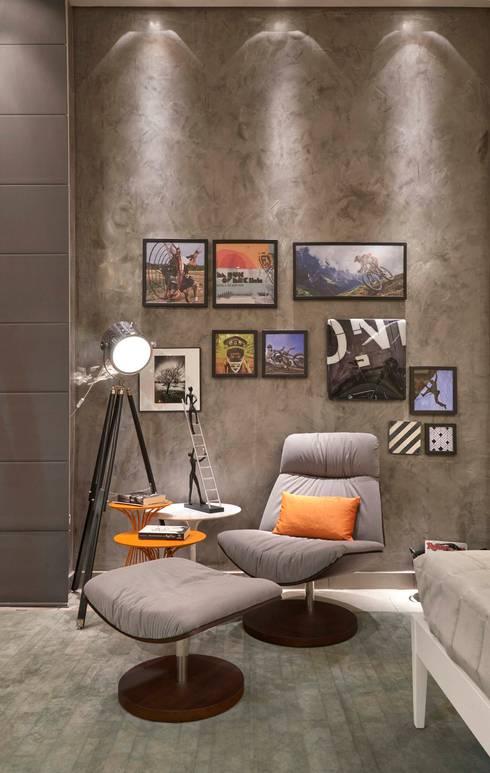 Cuartos de estilo  por Lider Interiores