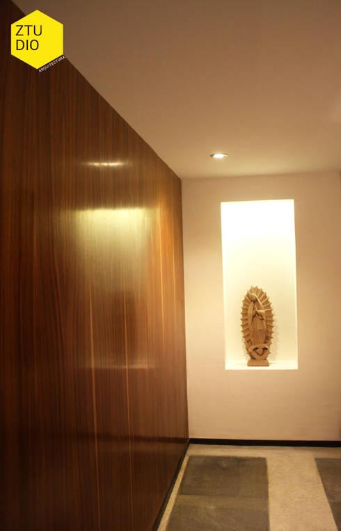 Sala de firmas : Salas multimedia de estilo minimalista por ZTUDIO-ARQUITECTURA