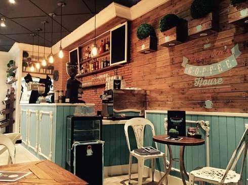 Mobiliario para cafeteria de desvan vintage homify for Precios de bares de madera