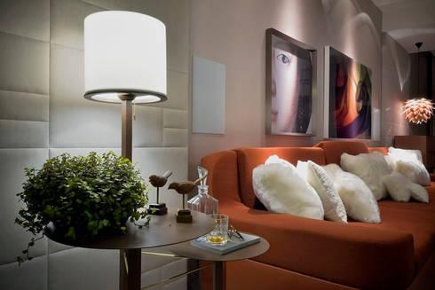 Home Theater – Ambiente CASA COR SC 2015: Salas multimídia modernas por Spengler Decor