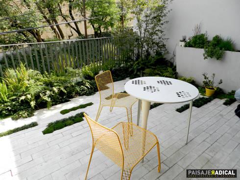 Mobiliario: Jardines de estilo moderno por Paisaje Radical