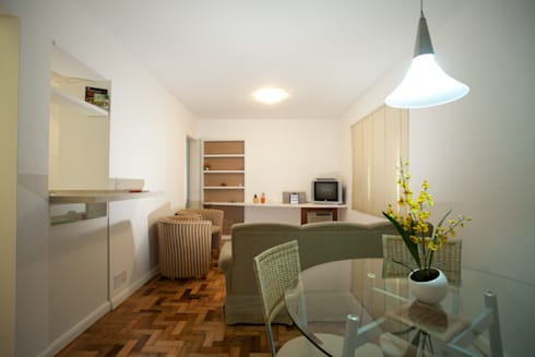 Apartamento A&A - Sala de Estar:   por Kali Arquitetura