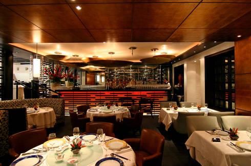 Zhen Shangai : Restaurantes de estilo  por Boué Arquitectos