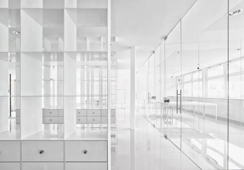 glastrennw nde von glas marte homify. Black Bedroom Furniture Sets. Home Design Ideas