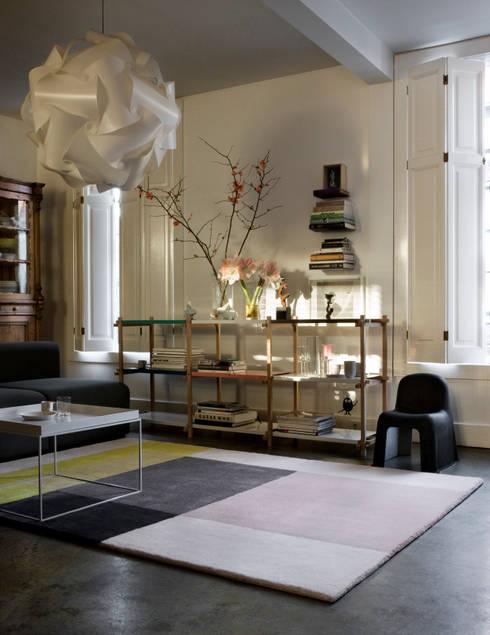 Walls & flooring by Connox