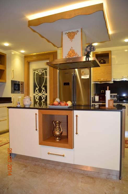 Mimar Melike Topal  – M&A Birer Evi_Alanya: klasik tarz tarz Mutfak