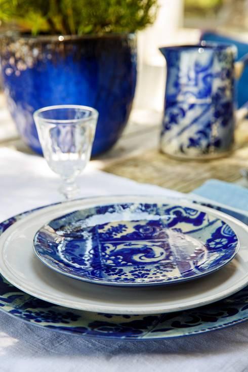 Set de mesa das colecções  Lisboa e Friso da Costa Nova: Sala de jantar  por Grestel, SA