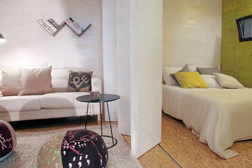 Sala e Quarto: Quartos minimalistas por Plano Humano Arquitectos