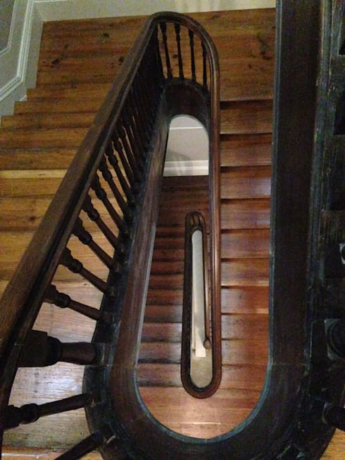 Piso 0 - Escadas: Corredores e halls de entrada  por Teresa Pinto Ribeiro | Arquitectura |