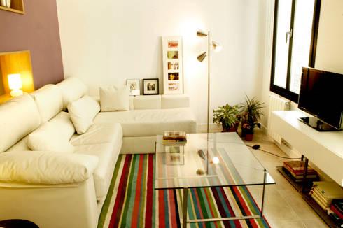 Vivienda pocos metros y bien distribuida: Comedores de estilo minimalista por NAZAR Estudio