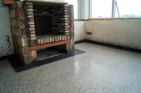 Terrazzo: klasieke Keuken door Terrazzo en vloerenbedrijf Traas